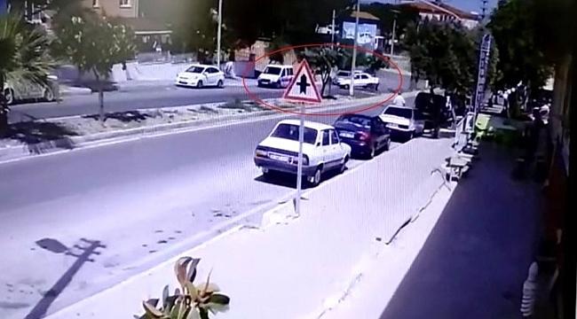 DİREKSİYON HAKİMİYETİNİ KAYBETTİ POLİS ARACINA ÇARPTI